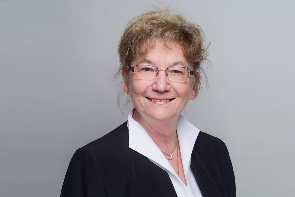Dr. Petra Sellenschlo